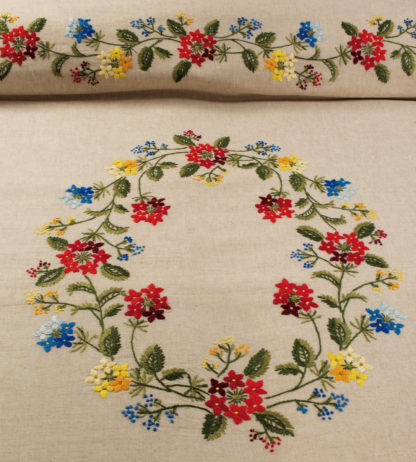 copriletto matrimoniale rustico ricamato fiori