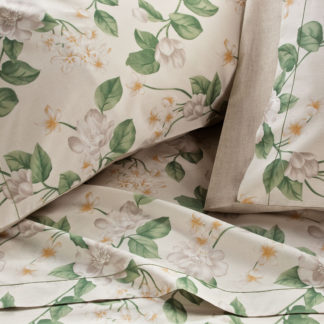 lenzuola matrimoniali bianche fiori