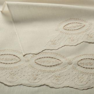 asciugamani lino cotone ricamati mano